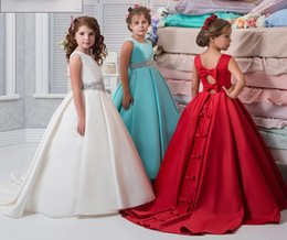 Wholesale Satin Sashes For Dresses - 2017 New Red Flower Girls Dresses For Weddings Jewel Neck Bateau Neck Satin Bowes Crystal Belt Beaded Birthday Children Girl Pageant Gowns