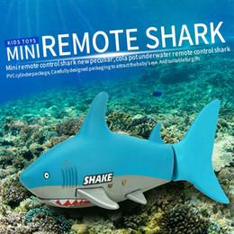 Wholesale Rc Boats Fishing - Wholesale- Create Toys 3310B 3CH 4 Way RC Shark Fish Boat 27 40Mhz Mini Radio Remote Control Electronic Toy Kids Children Birthday Gift