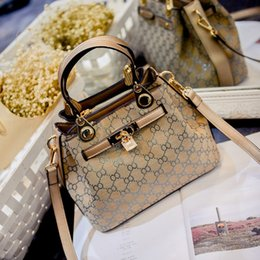 Wholesale Factory Ladies Style - 2016 new European style retro fashion handbag bag lady Kylie Bag Shoulder Messenger Bag factory prices Free shipping
