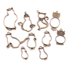 Wholesale Antique Metal Cat - Sweet Bell Antique bronze Metal Zinc Alloy Hollow mix Animal Owl & cat Charms for Diy Owl cat Pendant Jewelry Making H3005