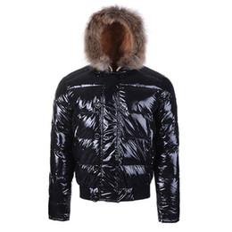 Argentina Moda invierno abajo chaqueta de los hombres con capucha diseñador de la marca caliente con piel de mapache Bulgarie chaquetas hombres de lujo cortos abrigos masculinos más tamaño Suministro
