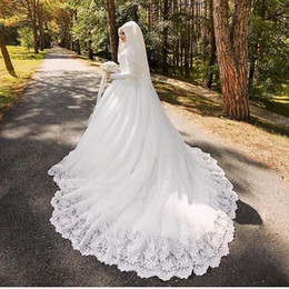 Wholesale Simple Wedding Dress Muslim Woman - Arabic Muslim Bridal Dress with Long Trail Luxury Full Sleeves Woman Appliqued Hijab Wedding Dresses Robe De Mariage BA6273