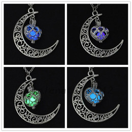 Wholesale Acrylic Glow Dark - Glowing In The Dark Pendant Necklaces Silver Plated Chain Necklaces Hollow Moon & Heart Choker Necklace Collares Jewelry