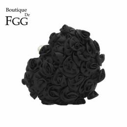 Wholesale metal bushes - Black Romance Rose Bush Flower Appliques Women Metal Heart Satin Evening Clutch Bag Ladies Wedding Party Chain Shoulder Handbag