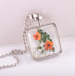 Wholesale Perfume Glass - 2017 Fashion Square Glass Perfume Bottle Dry Flower Pendant Necklace Gemstone Retro Necklace Silver-plated Jewelery For Women Accessories