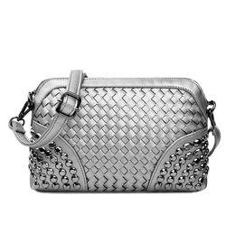 дамский золотой пляжный мешок Скидка Wholesale- Knitting Messenger Bag Women  Silver Hand Bags Mini Gold Day Clutch Ladies Black Leather Beach Shoulder Bag XA93H