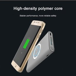 QI беспроводное зарядное устройство Power Bank для iphone 7/8 / X samsung galaxy s7 / S8 10000 мАч Портативный Powerbank зарядное устройство мобильного телефона от