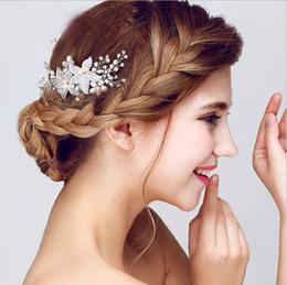 2019 fascicolatori dei capelli Alta qualità 2017 Siver Bianco Colore Perla Fiori Damigella d'onore Copricapo Accessori da sposa Fascinators Perni di capelli Clip di gioielli fascicolatori dei capelli economici