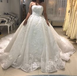 Wholesale Michael Cinco Wedding Gowns - Michael Cinco Newest 2017 Ball Gown Wedding Dresses Elegant Strapless Appliqued 3D Backless Bridal Gowns Formal Arabic Dubai Styles