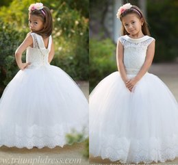 Wholesale Bridal Dress Girls Short - 2017 New Lovely Bridal Flower Girls Dresses White Lace Cap Sleeves A Line Organza Ball Gown Little Girls Pageant Dresses CPS027