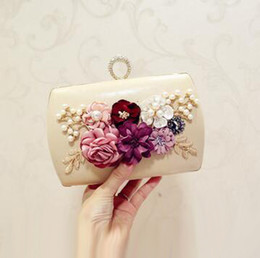 Wholesale Stereoscopic Bag - sales handbag factory elegant delicate stereoscopic flower woman hand bag fashion set auger dinner packages High quality leather hand ba