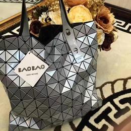 Wholesale material shopping bags - Original quality Women shopping bags free to deform casual fashion bags very durable Acrylic material healthy factory prices