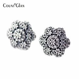 9648f8e719b5 großhandel sterling silber ohrringe Rabatt 2016 neue kristallisierte floral silber  ohrstecker mit klaren cz 925 sterling