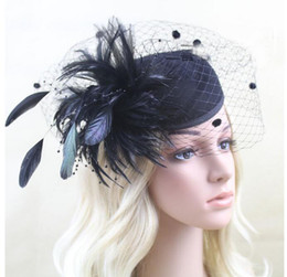 fascinatori kentucky derby Sconti New Feather Cappelli Donna Fascinators 2018 Design unico con cappelli Jazz Derby Kentucky Derby