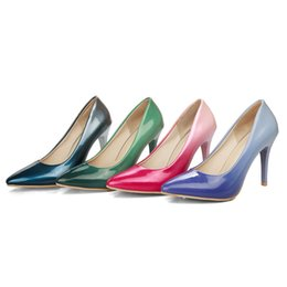 Wholesale Beautiful Woman Paintings - The new 2017 paint gradients High-grade paint four seasons single shoes, fashionable and sexy women's high-heeled shoes, beautiful belong to