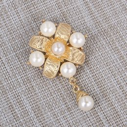 Wholesale Gold Plated Rhinestone Buckle - Fashion women's jewelry Fine pearl brooch Luxury Rhinestone Brooch Pin Scarf buckle Gold Plated Brooch Clothing accessories jewelry