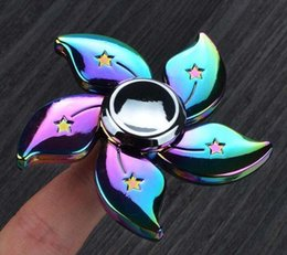 Wholesale Metal Ufo Toy - UFO Flower Hand Spinner Fidget Rainbow Metal Colorful Fashion Zinc Alloy EDC Decompression Toys Finger Gyro with Retail box 2017