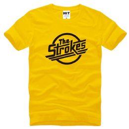 Yeni Tasarımcı Strokes T Shirt Erkekler Pamuk Kısa Kollu Indie Rock Band erkek T-Shirt İngiliz Tarzı Erkek Müzik Kaya Tee Gömlek nereden