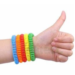 2020 hand-kette armband ringe Umweltfreundlich Mückenschutz Armband-Stretchable elastische Spule Spiral Hand Handgelenk-Band-Telefon-Ring-Kette Anti-Moskito-Armband günstig hand-kette armband ringe