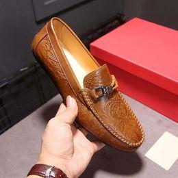 Wholesale Mens Casual Moccasins - mens shoes Men Loafers shoes Fashion man casual Moccasins Soft Genuine Leather Gommino Men Driving Shoes Model 173485090