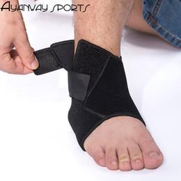 Wholesale Foot Comfort - Wholesale- Ankle Guard sprain good protector foot Ankle for Men sports Adjustable breathable soft comfort phozy ok cloth black S M L XL