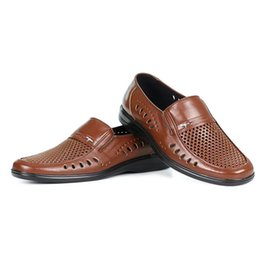 Wholesale Black Hole Office - Hollow Out Breathable Men Casual Shoes Summer New Business Style Quality Genuine Leather Round Hole Shoes Big Size