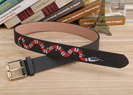 Colore nero caldo Lusso Cinture di design di alta qualità Moda serpente modello animale fibbia della cintura da donna da uomo ceinture non con la scatola da