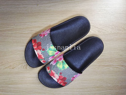 Wholesale new arrival mens and womens fashion causal sandals blooms tian flower print slide sandals