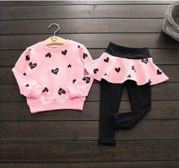 Wholesale Cute Girl Fashion Love - Girls outfit children cotton love heart printed long sleeve sweatshirt + culottes leggings 2pcs sets fashion new colthings T0844