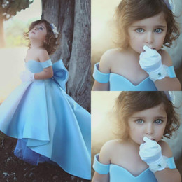 Wholesale Satin Big Wedding Dresses - 2018 New Light Sky Blue Cute Off the Shoulder Flower Girls' Dresses With Big Bow High Low Princess Girls Pageant Dresses Cheap