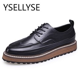 Wholesale Rubber Soled Brogues - British Style 2017 Brogue Mens Leather Shoes Casual Carved Thick Sole Bullock Business Men Oxfords Shoes Men Dress Shoes Luxury