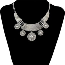 Wholesale Wholesale Ethnic Miao Silver - idealway Bohemian Style Retro Tibatan Silver Plated Alloy Carved Flower Round Tassel Choker Bib Necklaces Trendy Ethnic
