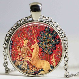 Wholesale Pictures Renaissance - Lady and The Unicorn Unicorn Tapestry Pendant Vintage 25mm Cabochon Necklace Renaissance Jewelry Renaissance Faire Art Picture