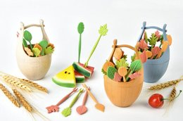 fruit picking tool Promo Codes - New Arrival 16pcs Green Biodegradable Natural Wheat Straw Leaves Fruit Fork Set Party Cake Salad Vegetable Forks Picks Table Decor Tools