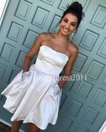 Wholesale Pocket Cocktail Dresses - Gorgeous White Homecoming Dresses with Pockets 2017 A-Line Strapless Crystal Short Graduation Gowns Sexy Chic Cocktail Dress for Party Wear