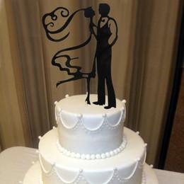 Großhandels-Acryl der Braut-Bräutigam-lustige Hochzeits-Kuchen-Dekorationen personifizierte Hochzeits-Kuchen, der Kuchen-Deckel OH011 verziert von Fabrikanten