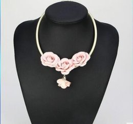 Wholesale Pink Rose Choker - Fashion accessories three little Daisy flowers fresh pink stereo necklace hand-woven rose necklace three styles can choose