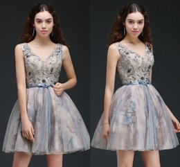 Wholesale Back Up Online - 2018 Printed Short Ball Gown Homecoming Dresses See Through Top V Neck Cocktail Party Gowns Lace Up Low Back Mini Prom Dresses Online CPS667
