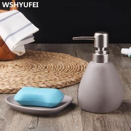Wholesale Wholesale Suites - Bathroom Accessories Jingdezhen Ceramic 2Pcs European Style Washing Cup Wedding Suite Creative Bathroom Toiletries Soap Dish