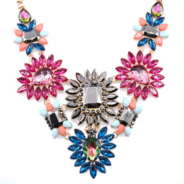 Wholesale Teardrop Glitter - Luxury Accessories Glitter Crystal Teardrop flower Bib Statement Necklace for party jewelry Colorful Floral Choker Necklace Collar Female