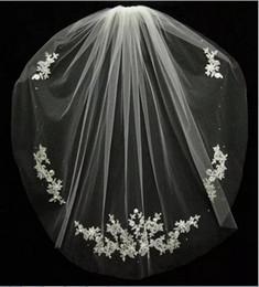 Wholesale Cheap Black Veils - Wedding Accessories Velos De Novia Fingertips Lace Beads Bridal Accessories 2017 Short Bridal Veil Fashion White Ivory Cheap Wedding Veil