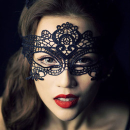 Wholesale Lingerie Mask - Wholesale- Exotic Sexy Lingerie Hollow Mask Fun Play Accessories Sexy Costume Halloween Party Masks Sexy Black Lace Goggles Nightclub Queen