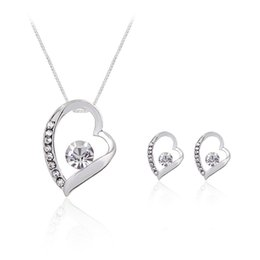 Wholesale earings sets - Crystal Heart Love Necklace Earings Jewelry Sets Hollow Heart Studs for Women Bride Bridesmaid Wedding Jewelry DROP SHIP 162188