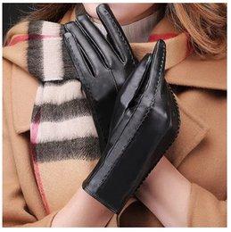 Wholesale Thermal Fingers Gloves Female - Elegant Women points finger leather gloves cashmere gloves Autumn And Winter Thermal Plus Velvet Trendy Female Glove AA0036