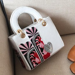 Wholesale White Sequin Heart Top - embroidery pattern bag women top-handle bags fashion sequins heart bag luxury designer shoulder crossbody bags leather handbags high quality