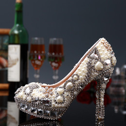 Wholesale Glass Dress Shoes - 2017 Handmade Luxury Pearls Wedding Shoes Crystal High-Heeled Bride Bridal Heels Lady Women Glass Prom Evening Party New Pageant Dresses