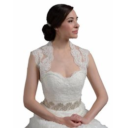 Wholesale Keyhole Bridal Jacket - Hot sale Keyhole Back Lace Wedding Boleros Real Pictures Alencon Lace Bridal Wraps Jackets Sleeveless Party Capes