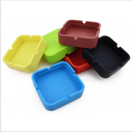 Wholesale Cigar Wholesalers - 8*8*2.3cm New Portable Soft Fashion Eco-Friendly Pocket Shatterproof Cigar Rubber Silicone Plastic Square Ashtray DHL