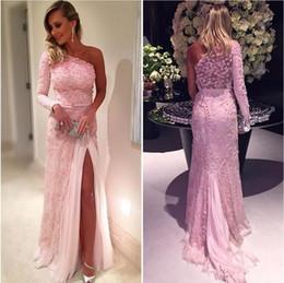 Wholesale Long Delicate Prom Dresses - Delicate Lace Appliqued 3D Flora Pink Split Evening Dresses 2017 New Long Sleeves Elegant Sheath Prom Party Gowns Formal robe de soriee
