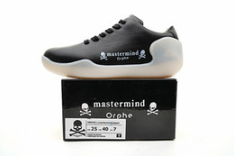 Wholesale Skate Shoes For Winter - Mastermind JAPAN Orphe LED Skate Sneakers for Men 2017 New Fashion 7 Colors Lighting Running Shoes Size 40-45